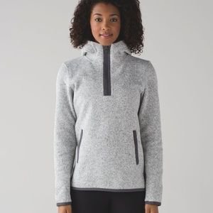 Lululemon Its Fleecing Cold Pullover, Size 4